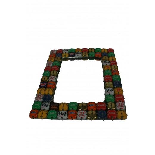 Zrcadlo z recyklovaných víček - velké