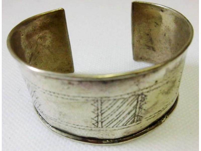 Maurský kovový náramek