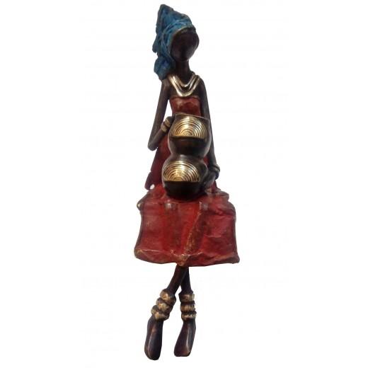 Bronzová soška – žena sedící
