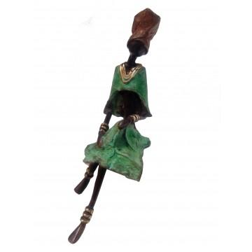 Soška bronzová – žena sedící / různé druhy
