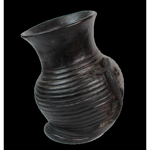 Nádoba - váza s ještěrem, palená hlína, Keňa