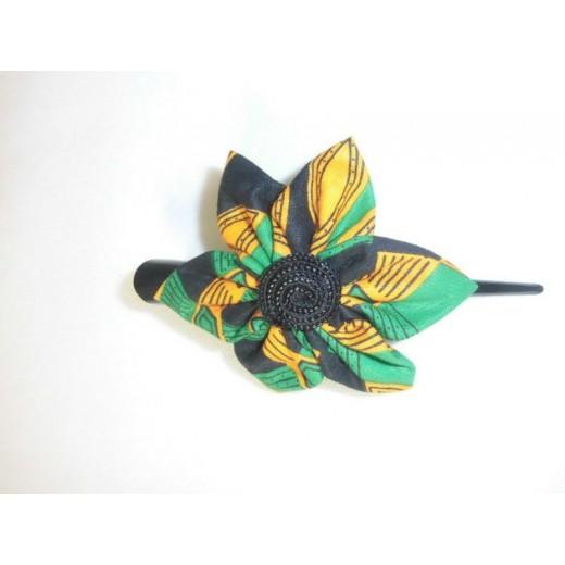 Sponka z afrického textilu a korálků