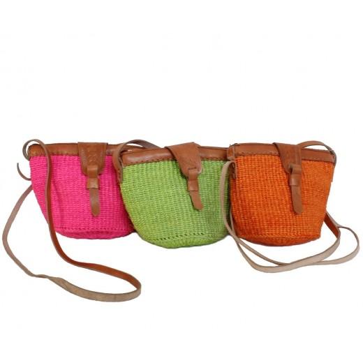 Malá kabelka z pletených sisalových vláken
