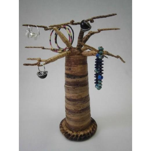 Dekorativní stromek baobab z vláken listů banánovníku