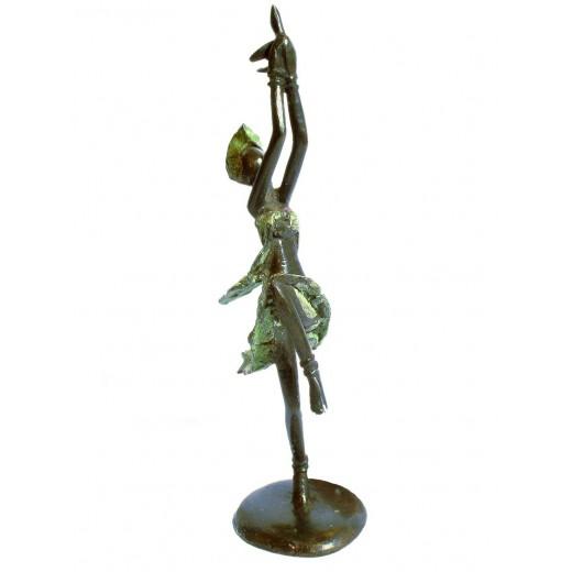 Tančící dívka s ptáčkem, bronz