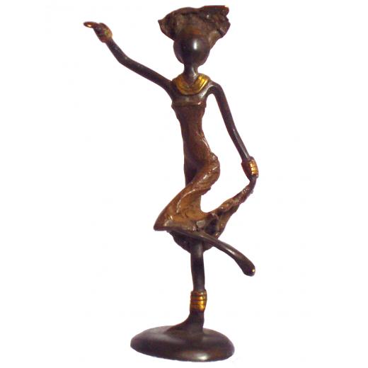 Africká soška - tančící žena